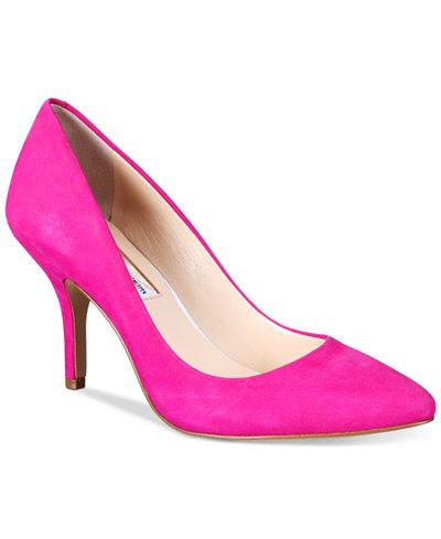 Macys pink pump